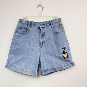 Vintage 90s High waisted looney Tunes mom shorts